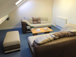 ROOM 6 (comfy room with sofas for informal meetings)